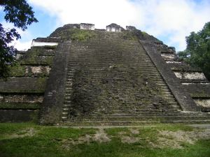 Tikal.13