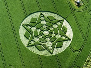 crop_circle__spinning_star__wiltshire__england