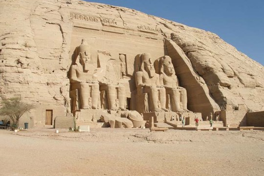 abu-simbel-great-temple