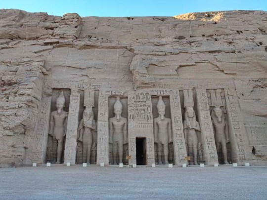 abu-simbel-small-temple1