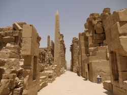 karnak-temple-1