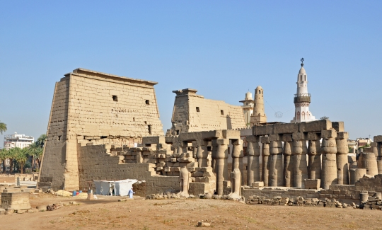 north-western-part-of-luxor-temple