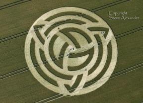 triquetra-crop-circle-phase-2-at-milk-hill-nr-alton-barnes-wiltshire-2011