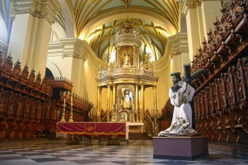 Cathedral_in_Lima_Peru_copy