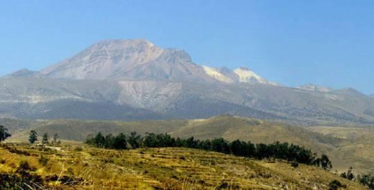 arequipa-volcan-pichu-pichu