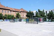 220px-Place_in_front_of_Muzej_sodobne_umetnosti_Metelkova_(Museum_of_Contemporary_Art_Metelkova)_Ljubljana_(38459409985)