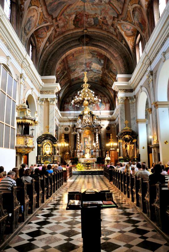 mass-2-franciscan-church-annunciation-ljubljana