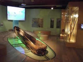 slovene-ethnographic.ancient canoe