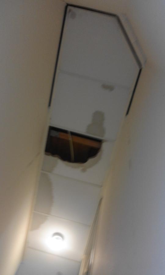Plafond over trap 1st verdieping naar begaande grond 20190606