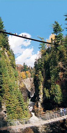 220px-Canyon_Sainte-Anne,_le_canyon